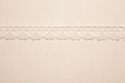 Merletto di cotone beige di mt 10, altezza 1 cm, in cotone
